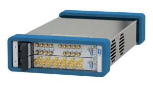 Modulares 2-Slot USB/LXI-Chassis 60-104 (Quelle: Pickering Interfaces)